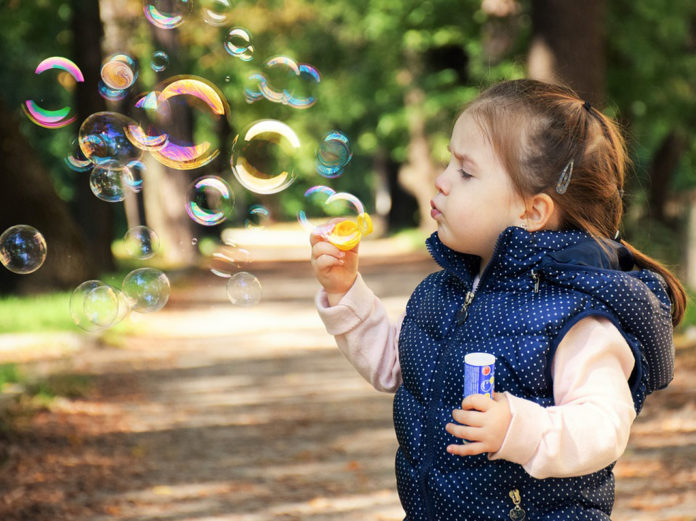 Senzorni poremećaj kod djece: Šta je senzorna disfunkcija, simptomi i znaci upozorenja