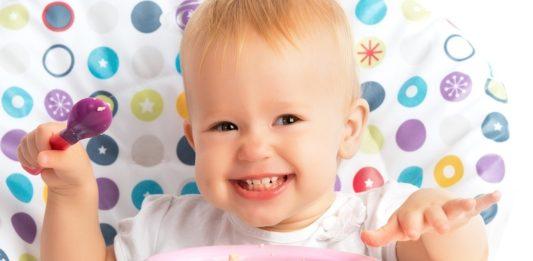 Mamaklik.com Zdrava ishrana djece nakon prve godine: Evo kako im povećati apetit i napraviti raspored obroka za dete nakon 1. rođendana