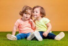 RAZVOJ-GOVORA-KOD-DJECE-Kad-dijete-treba-da-progovori-da-li-je-sve-normalno-kako-pratiti-govor-kod-djeteta-Savjeti-pedijatra-mamaklik.jpg