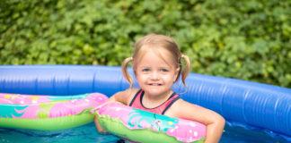 Preporuke epidemiologa: Savjeti za kupanje djece u kućnim bazenima