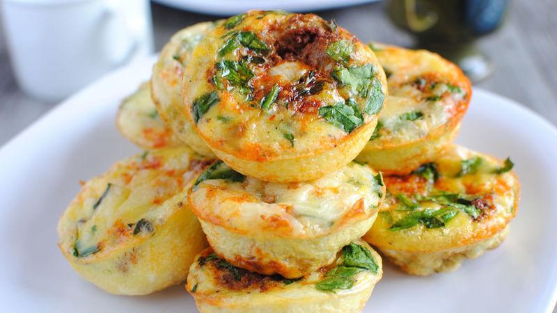 FRITTATA sa paprikama, feta sirom, krompirom i brokolijem