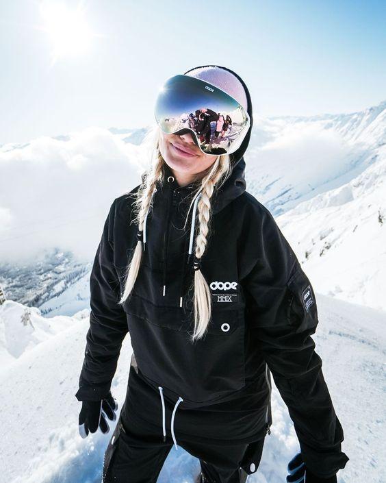 kako-prati-skijaske-i-sportske-jakne-mamaklik.jpg