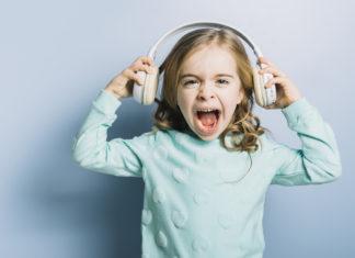 kako-smiriti-ljuto-bijesno-i-nervozno-dijete-mamaklik.com_.jpg