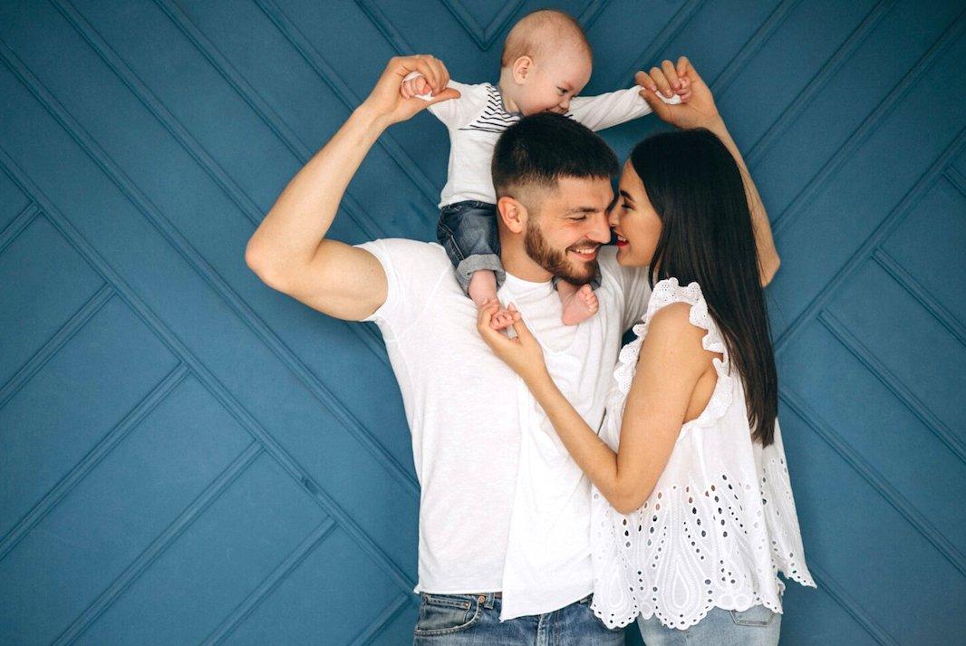 svadja-sa-muzem-nakon-rodjenja-bebe-kako-se-pomiriti-mamaklik.com_.jpg