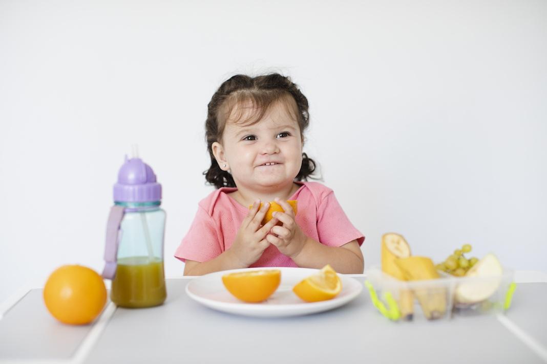 Zdrava ishrana djece nakon prve godine: Kako pobijediti loš apetit, pratiti razvoj djeteta i napraviti raspored obroka