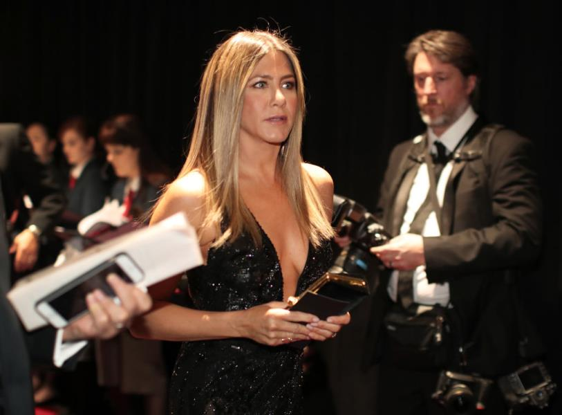 6-razloga-zašto-Jennifer-Aniston-s-50-godina-izgleda-mlađe mamaklik.jpg