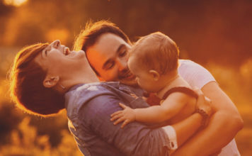 MamaKlik Postporođajni period iz ugla jednog TATE: Ovo NISAM SMIO REĆI ženi nakon što je rodila