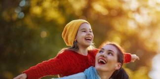 smijeh-je-lijek-vaspitavajte-dijete-osmijehom-mamaklik.jpeg