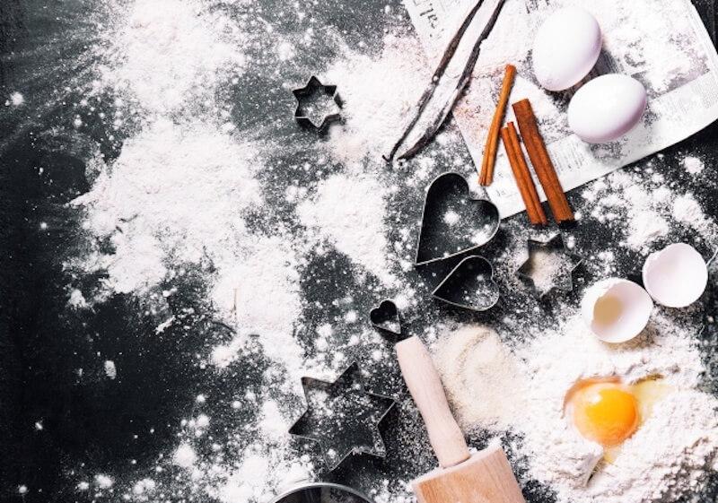 Božićni-kolači-Recepti-jednsotavni-i-laki-MamaKlik-.jpg
