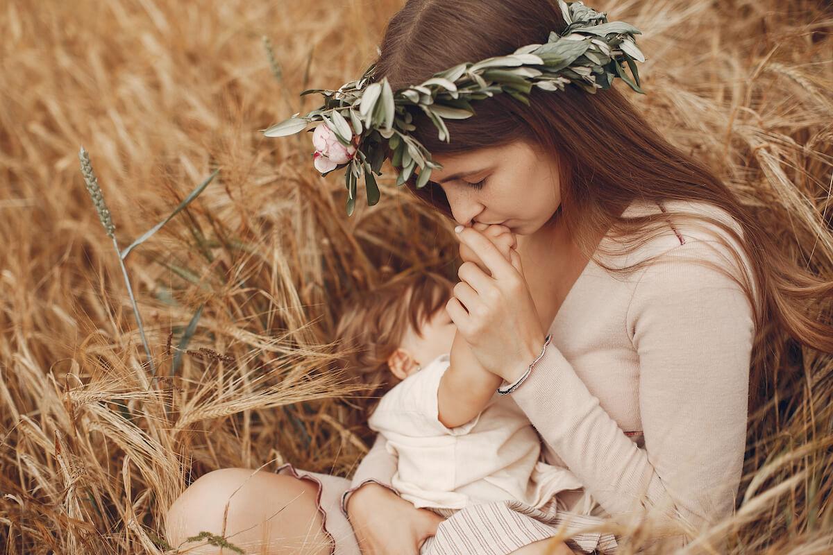 Hormoni nakon porođaja Postporođajna depresija psihoza baby blues anksioznost savjeti simptomi lijecenje mamaklik.jpg