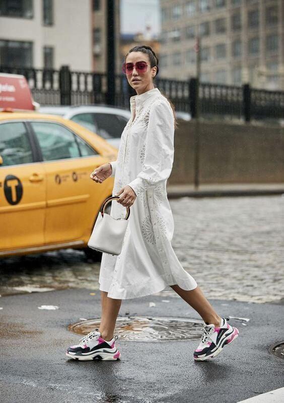 haljina-na-patike-kako-se-kombinuje-haljina-sa-patikama-mamaklik-3.jpeg