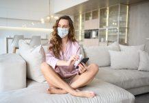 Može-li-se-zaraziti-u-izolaciji-Kako-se-zaštititi-od-koronavirusa-Da-li-dezinfikovati-ambalažu-i-skidati-cipele-odjeću-zbog-korona-virusa-Šta-čistiti-kod-kuće-kojim-sredstvima....jpg