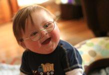 Obujte-različite-čarapice-Danas-je-Međunarodni-dan-osoba-sa-Daunovim-sindromom.jpg
