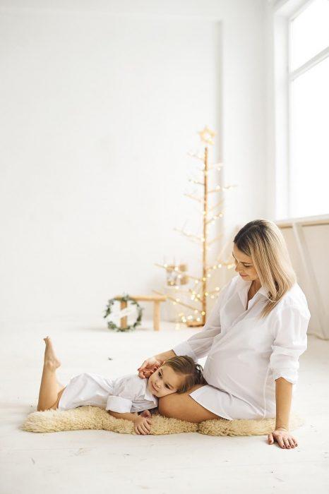 Podrška-za-trudnice-i-mame-Šta-raditi-za-vrijeme-izolacije-zbog-korona-virusa-savjeti-mamaklik.com_-e1584909097530.jpg