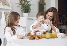 Zdrave jutarnje navike za djecu: Zašto su doručak i biljni čajevi toliko važni
