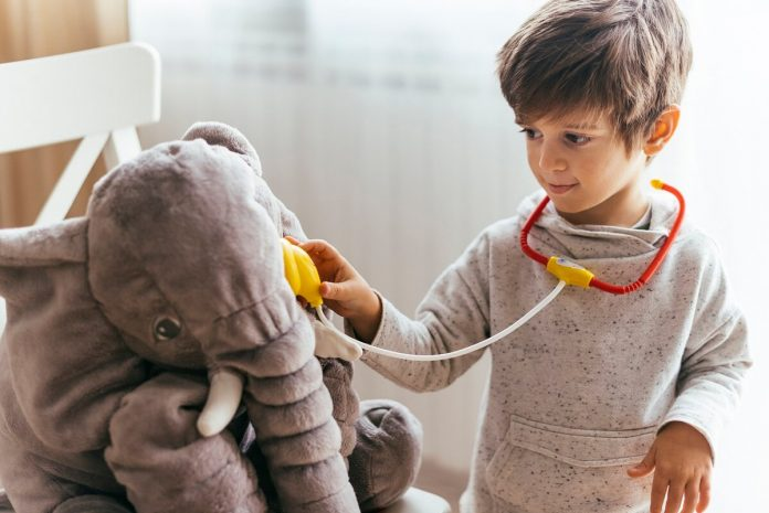 RAZVOJ-DETETA-10-razloga-da-se-konsultujete-sa-lekarom-u-vezi-sa-razvojem-deteta-mamaklik.jpg