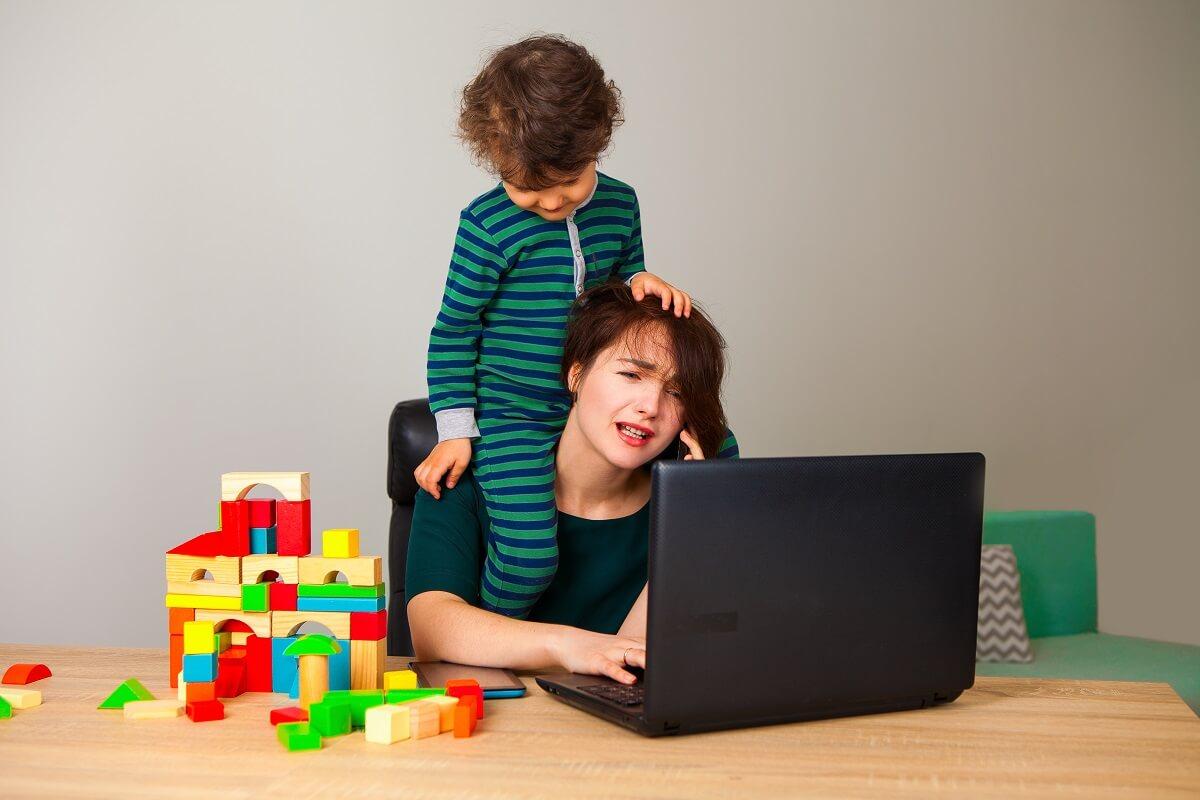Kako-se-organizovati-Bolja-organizacija-vremena-i-radnog-dana-za-mamu-koja-radi-mamaklik.jpg