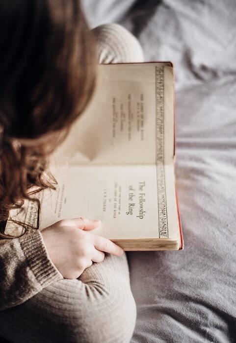 Kjige-za-decu-decije-knjige-zasto-su-dobre-mamaklik.jpg
