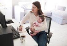 mama-bebe-u-kancelariji-dovođenje-beba-na-radno-mesto-posao-mamaklik-2.jpg