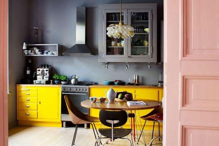 žuta-boja-u-enterijeru-mamaklik-1.jpg