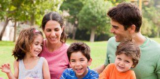 """Udruženje """"Četiri plus"""" predlaže zakon: Za svako dijete minimalac do 18. godine"""